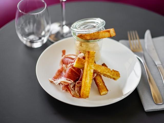 Côté Zinc •Assiette de charcuterie Bellota Ibérico